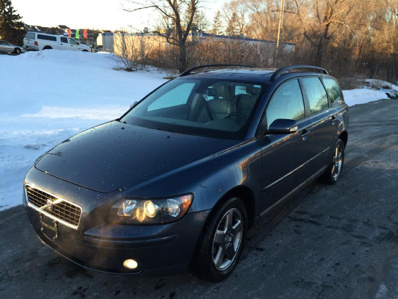 2006 volvo v50 awd t5 4dr wagon in newport mn newport. Black Bedroom Furniture Sets. Home Design Ideas