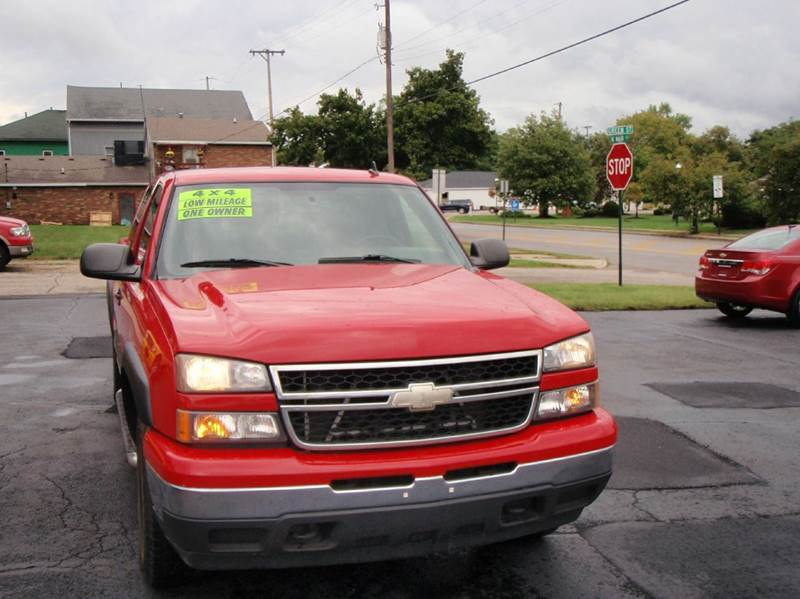 2007 Chevrolet Silverado 1500 Classic LS 4dr Extended Cab 4WD 6.5 ft. SB - Enon OH