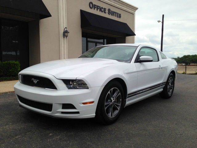 2014 ford mustang v6 premium 2dr coupe in san antonio tx half moon auto export. Black Bedroom Furniture Sets. Home Design Ideas