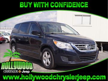 2010 Volkswagen Routan for sale in Hollywood, FL