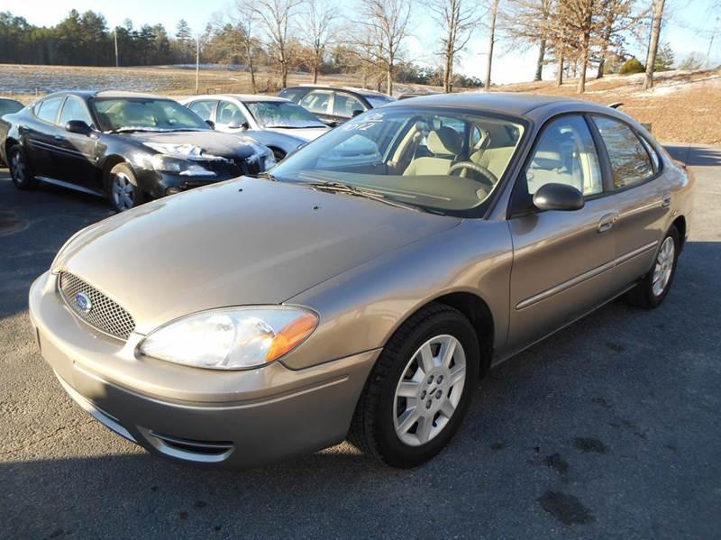 2006 Ford Taurus SE 4dr Sedan - Walnut MS