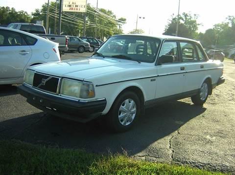 1990 Volvo 240 for sale in Mishawaka, IN