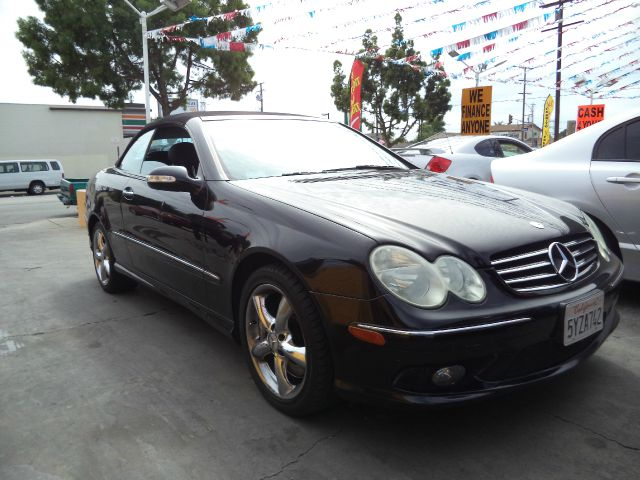 2004 MERCEDES-BENZ CLK-CLASS CLK500 2DR CONVERTIBLE black must sale asapbad credit  no credit