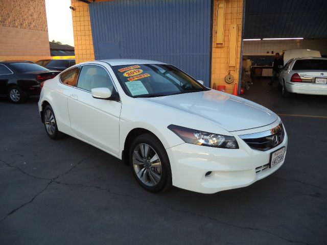 2012 HONDA ACCORD LX-S 2DR COUPE 5A white must sale asap bad credit  no credit  bankruptcy  1s
