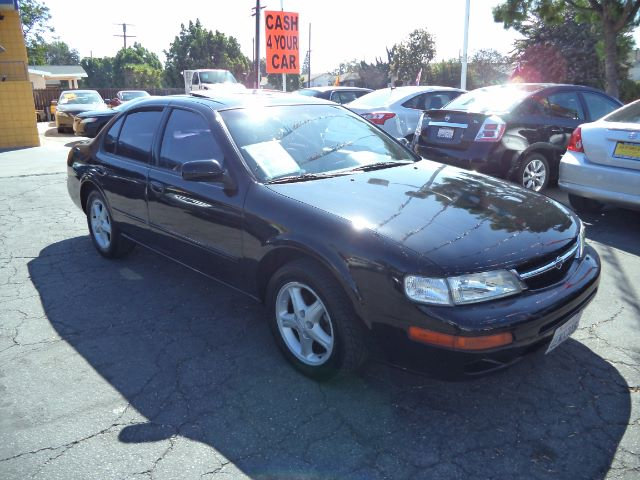 1999 NISSAN MAXIMA GLE 4DR SEDAN black bad credit  no credit  bankruptcy  1st time buyers  r