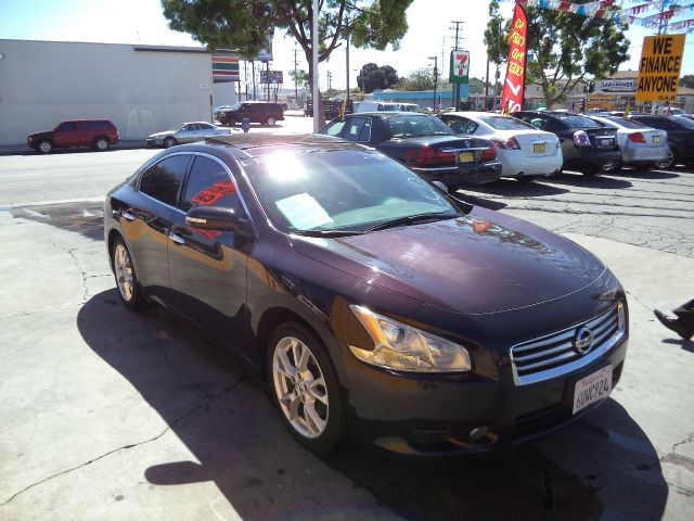 2012 NISSAN MAXIMA 35 SV 4DR SEDAN maroon 4 door sports car check out this 2012 nissan maxima