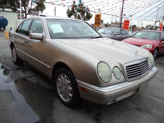 1999 MERCEDES-BENZ E-CLASS E320 4DR SEDAN gold must sale asapbad credit  no credit  bankruptcy