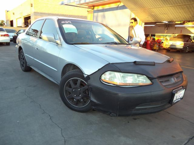 2002 HONDA ACCORD SE 4DR SEDAN silver lowlowlowest price we have no salesmen following you