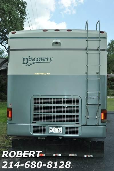 2000 Fleetwood Discovery 50th Anniversary Edition - Dallas TX
