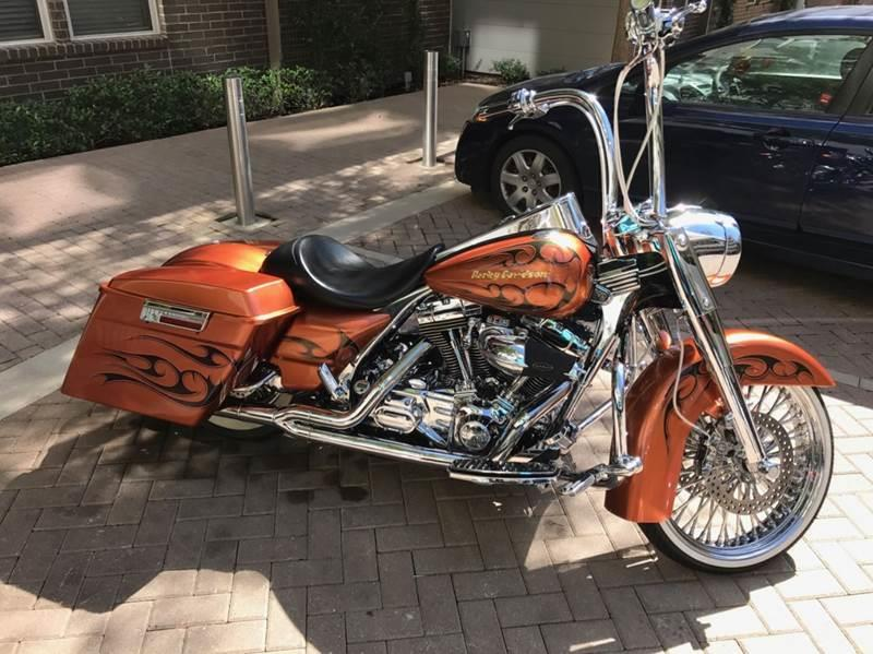 2005 Harley-Davidson FLHR CUSTOM - Dallas TX