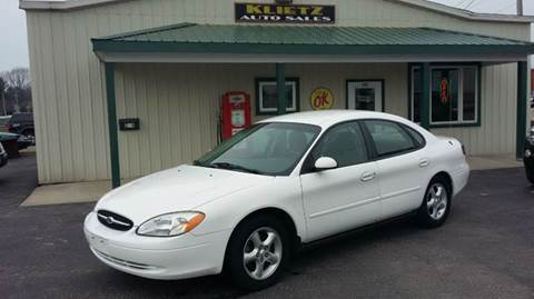 2001 Ford Taurus for sale in Horicon, WI
