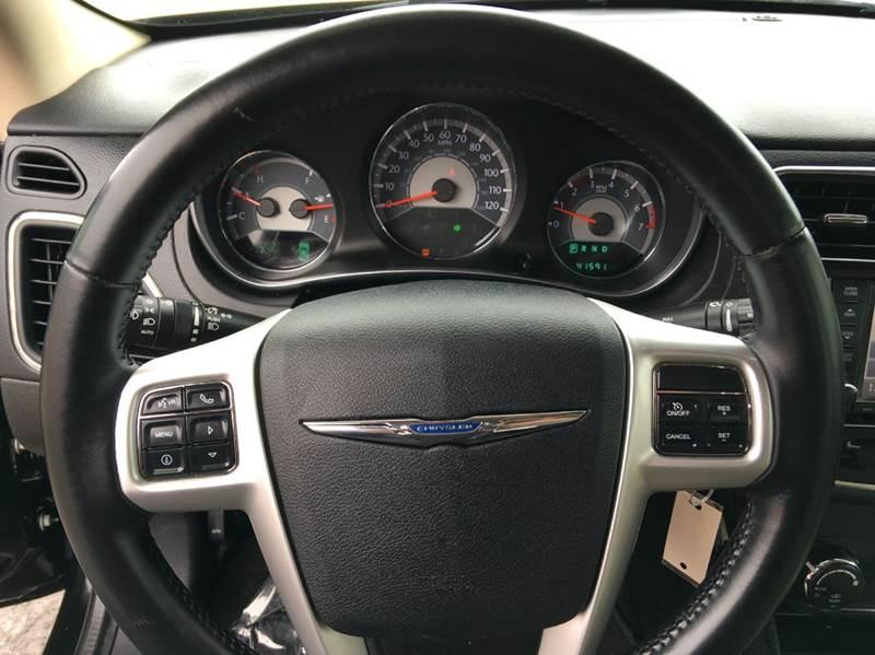 2011 Chrysler 200 Limited 4dr Sedan - Anchorage AK
