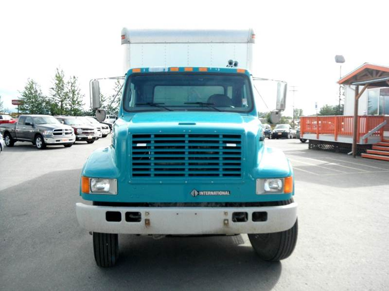 2002 International 4700  - Anchorage AK