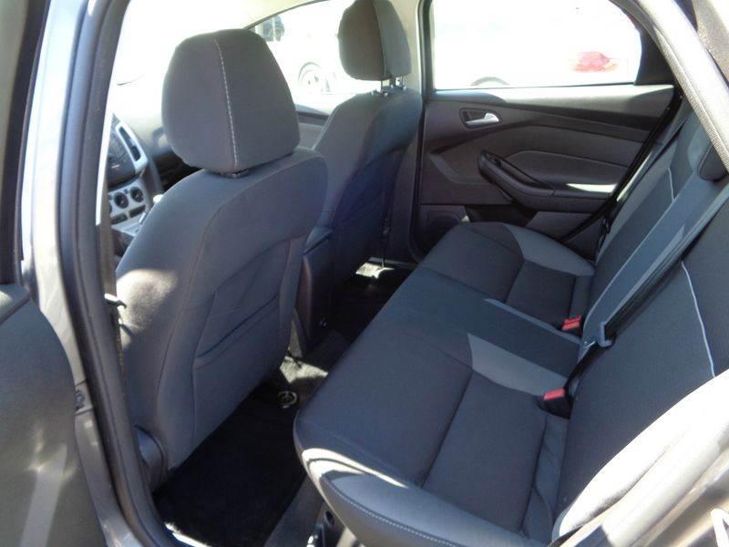 2014 Ford Focus SE 4dr Sedan - Kennewick WA