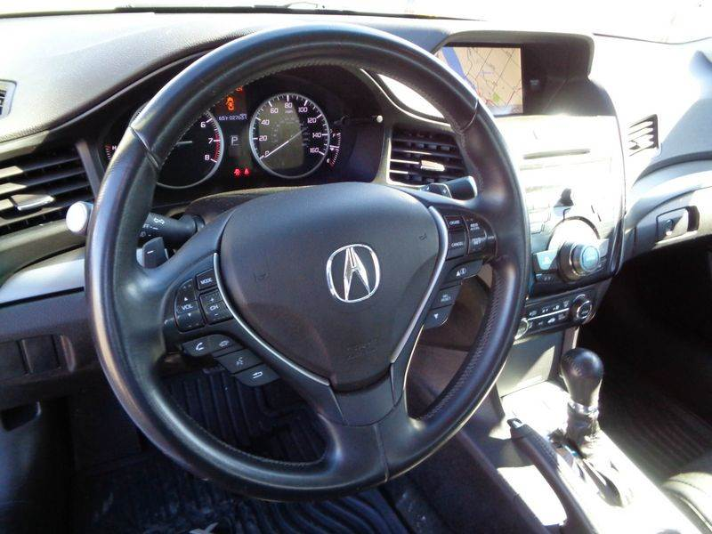 2014 Acura ILX 2.0L 4dr Sedan w/Technology Package - Kennewick WA