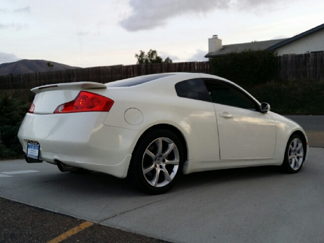 2004 infiniti g35 coupe with leather and 6mt in spring valley ca import motors. Black Bedroom Furniture Sets. Home Design Ideas