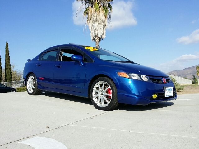 2007 honda civic si sedan with performance tire in spring. Black Bedroom Furniture Sets. Home Design Ideas