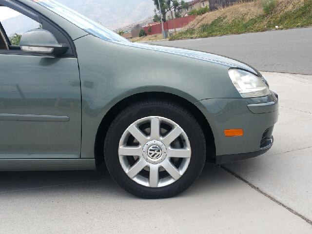 2006 Volkswagen Rabbit PZEV 4dr Hatchback w/Manual - Spring Valley CA