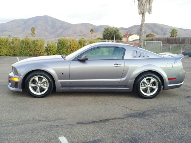 stock 2006 ford mustang gt coupe 1 4 mile drag racing timeslip specs 0