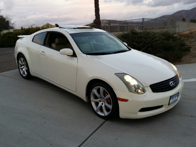 2004 infiniti g35 coupe with leather and 6mt in spring. Black Bedroom Furniture Sets. Home Design Ideas