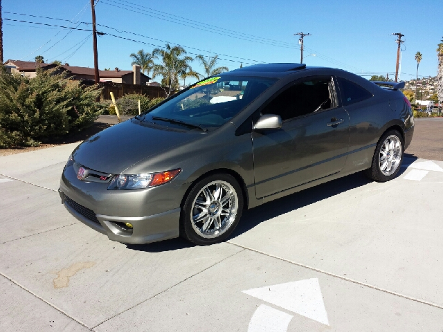 2006 honda civic si 6 spd with performance tire in spring valley ca import motors. Black Bedroom Furniture Sets. Home Design Ideas