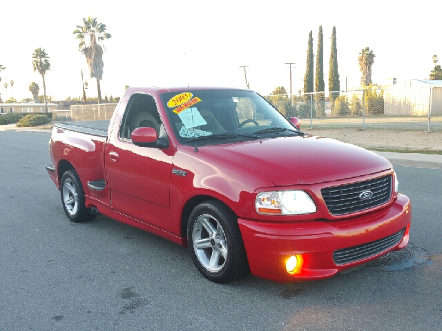 2003 ford f 150 svt lightning base 2dr regular cab rwd flareside sb in