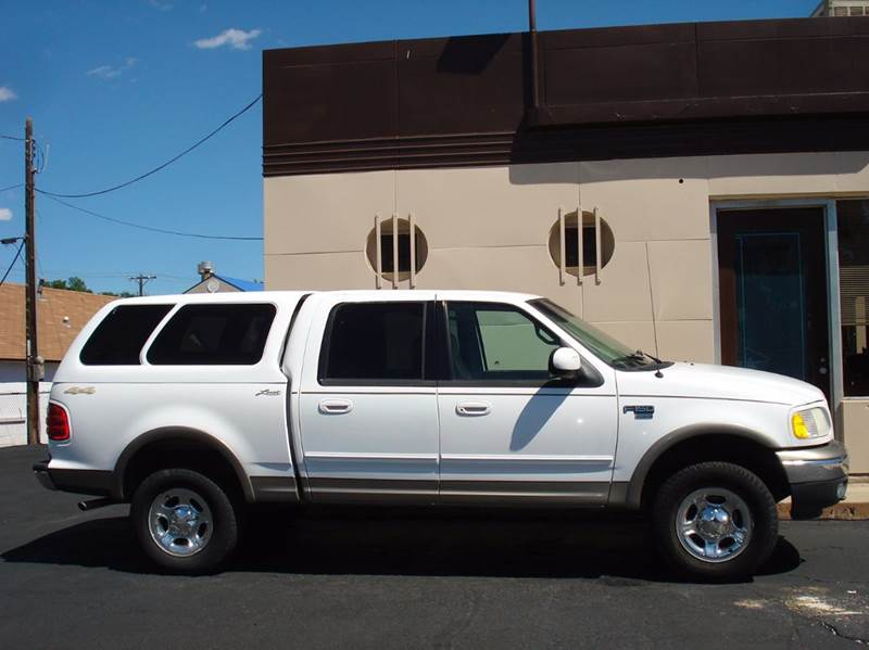 2001 Ford F-150 4dr SuperCrew Lariat 4WD Styleside SB - Frontier Motors Ltd CO