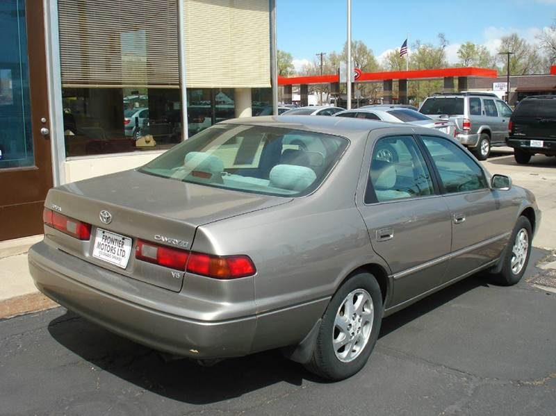1999 Toyota Camry LE V6 4dr Sedan - Frontier Motors Ltd CO