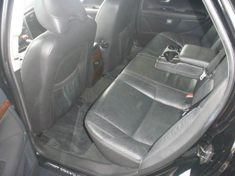 2006 Volvo S80 2.5T 4dr Sedan - La Crescenta CA