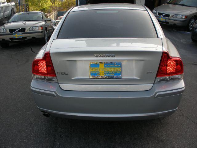 2007 Volvo S60 2.5T 4dr Sedan - La Crescenta CA