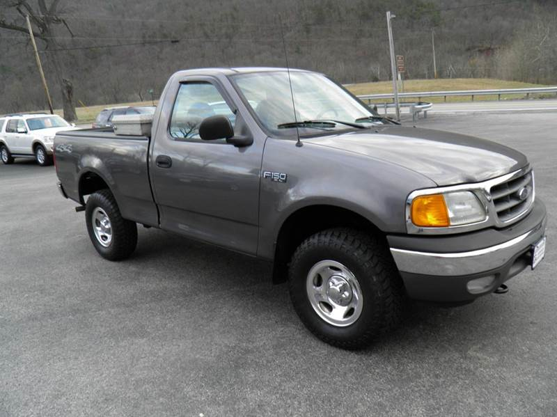 2004 ford f 150 heritage 2dr standard cab xl 4wd styleside sb in riverton wv ted davis auto sales. Black Bedroom Furniture Sets. Home Design Ideas