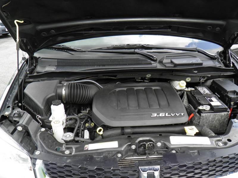 2012 Dodge Grand Caravan SXT 4dr Mini-Van - Riverton WV