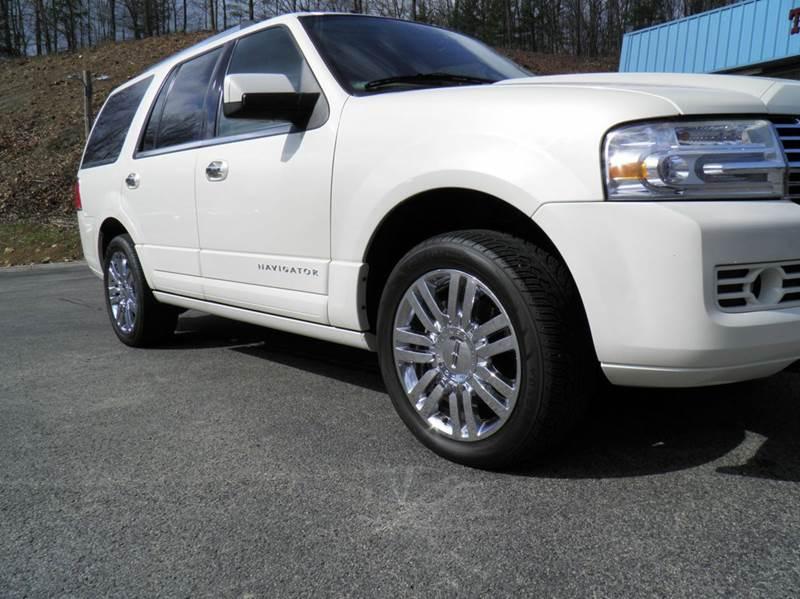2008 Lincoln Navigator 4dr SUV 4WD - Riverton WV
