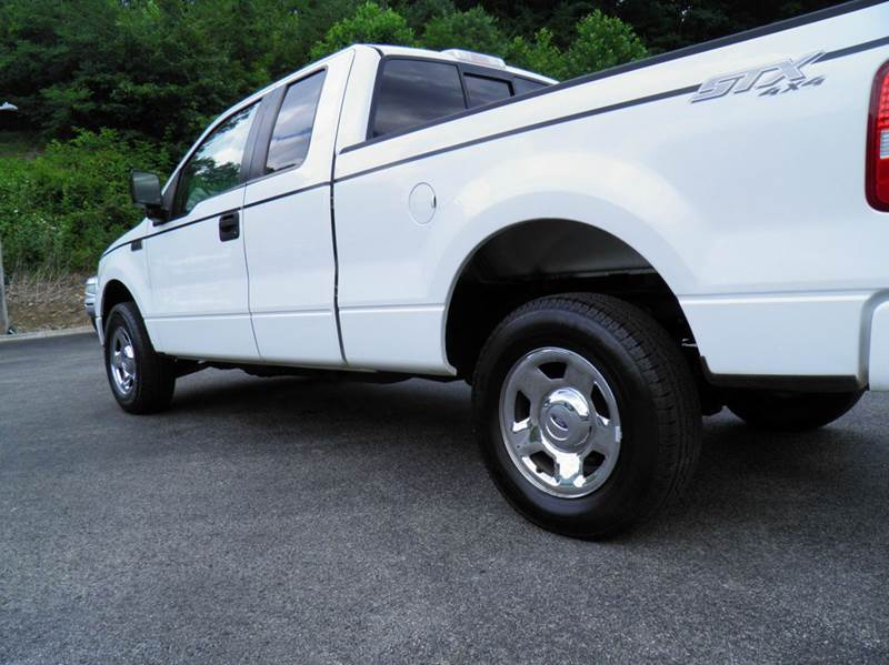 2005 Ford F-150 4dr SuperCab STX 4WD Styleside 6.5 ft. SB - Riverton WV
