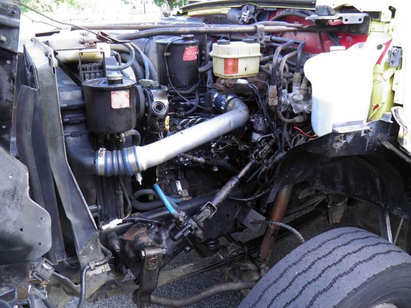 1998 Ford F-800  - Riverton WV