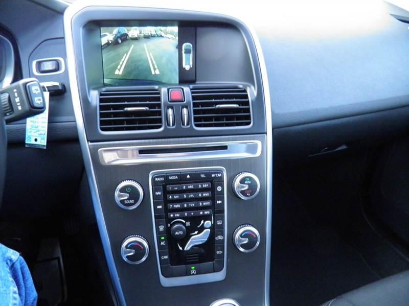 2015 Volvo XC60 T5 Drive-E 4dr SUV (midyear release) - Riverton WV