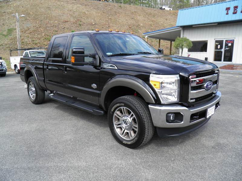 2016 Ford F-250 Super Duty 4x4 King Ranch 4dr Crew Cab 6.8 ft. SB Pickup - Riverton WV