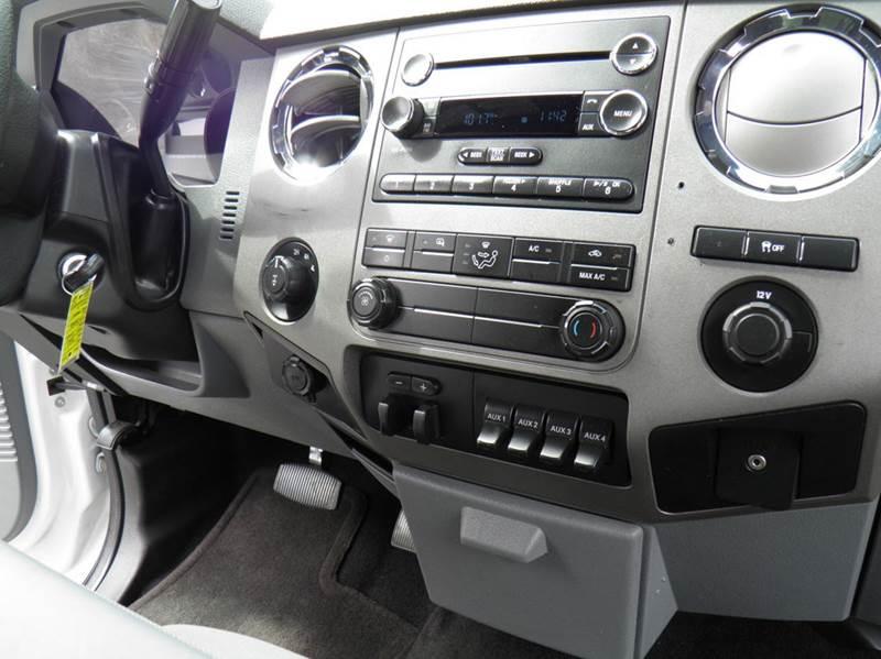 2012 Ford F-250 Super Duty 4x4 XLT 4dr Crew Cab 8 ft. LB Pickup - Riverton WV