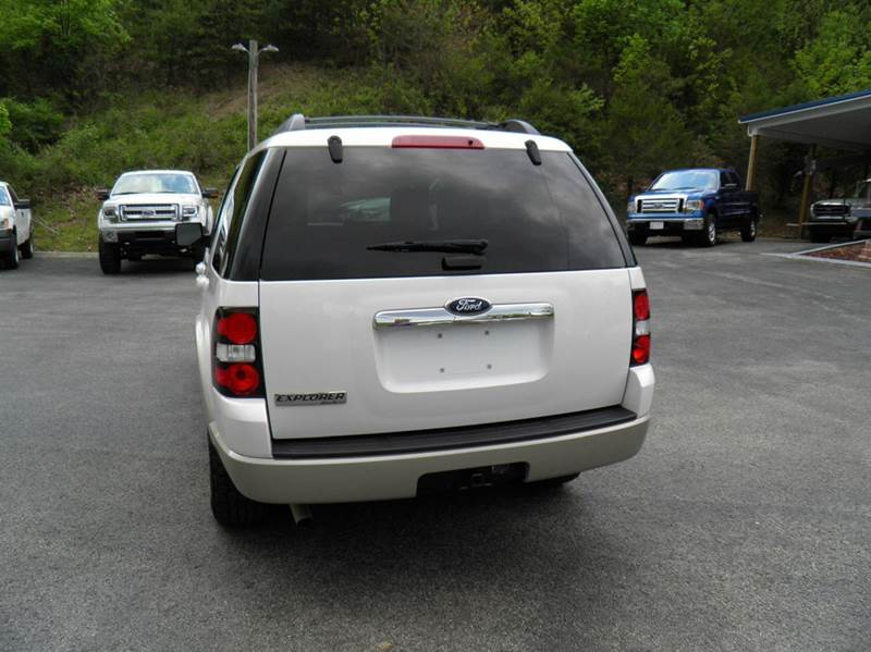 2010 Ford Explorer 4x2 Eddie Bauer 4dr SUV - Riverton WV