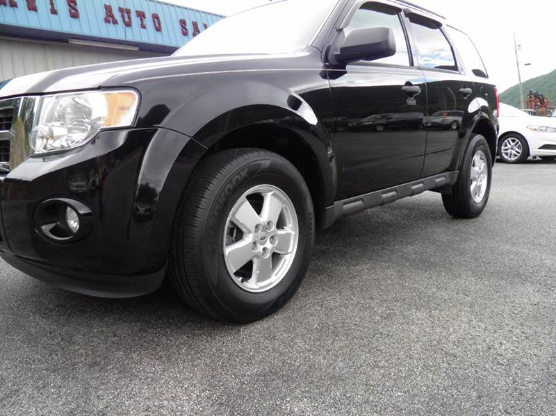 2012 Ford Escape AWD XLT 4dr SUV - Riverton WV