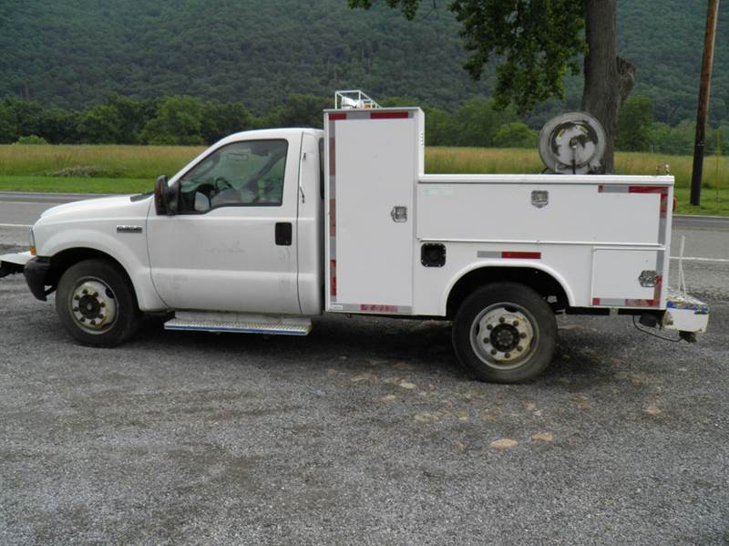 2006 Ford F-350 Super Duty XL 2dr Regular Cab 4WD LB - Riverton WV