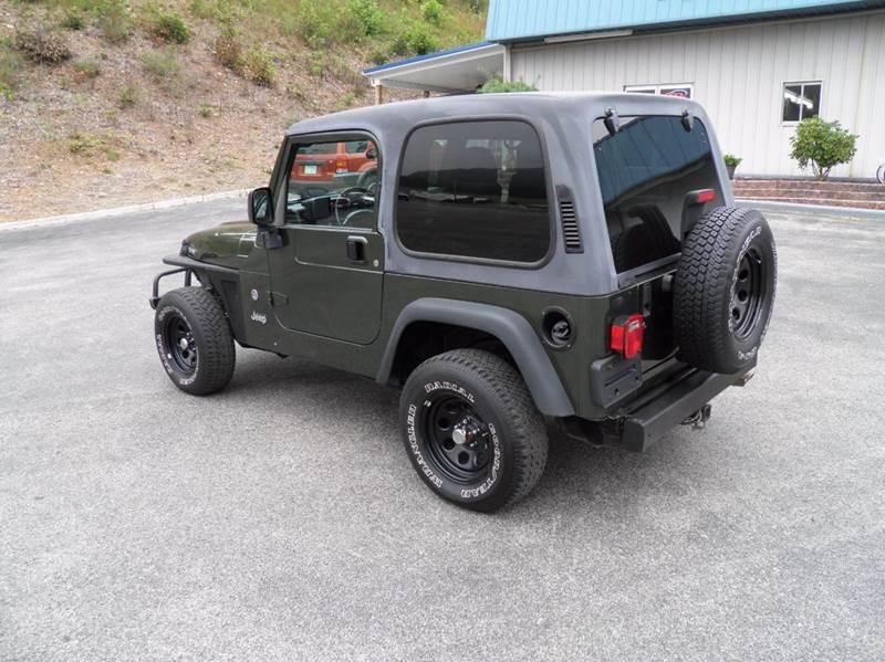 2006 Jeep Wrangler X 2dr SUV 4WD - Riverton WV