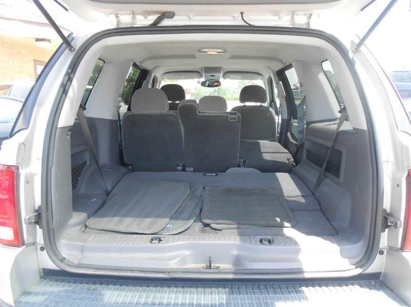 2005 Ford Explorer 4dr XLT 4WD SUV - Harvey IL