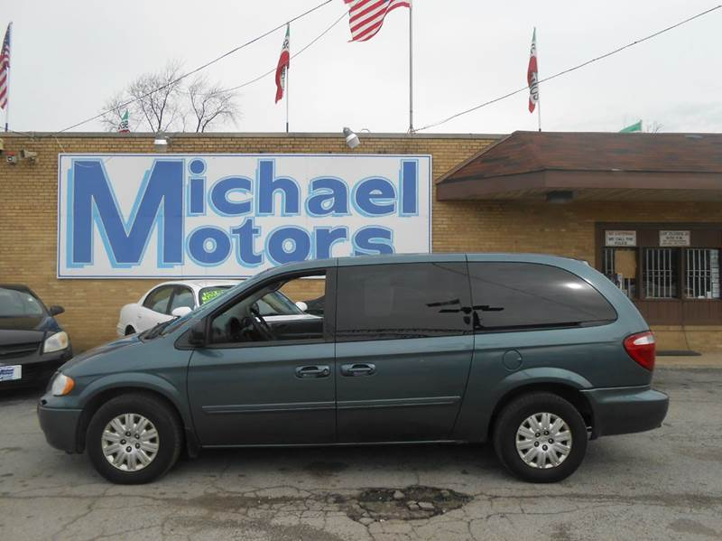 2005 Chrysler Town and Country LX 4dr Extended Mini-Van - Harvey IL