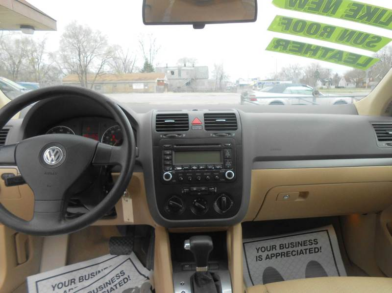 2006 Volkswagen Jetta 2.5 4dr Sedan w/Automatic - Harvey IL
