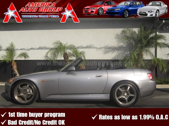 2003 HONDA S2000 gray this s2000 comes fully equipped with aftermarket wheels exhaust custom