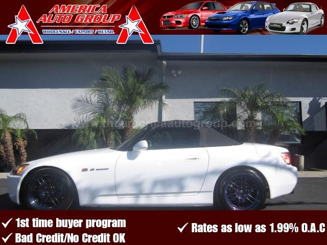 2003 HONDA S2000 white one of the best colors ever made on this s2000  very clean inside and ou