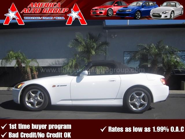 2003 HONDA S2000 white this color doesnt come around too often come pick up this 2sk before an