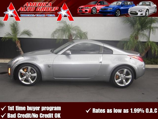 2005 NISSAN 350Z gray cleanest 350z touring available this 350z comes fully equipped with leath