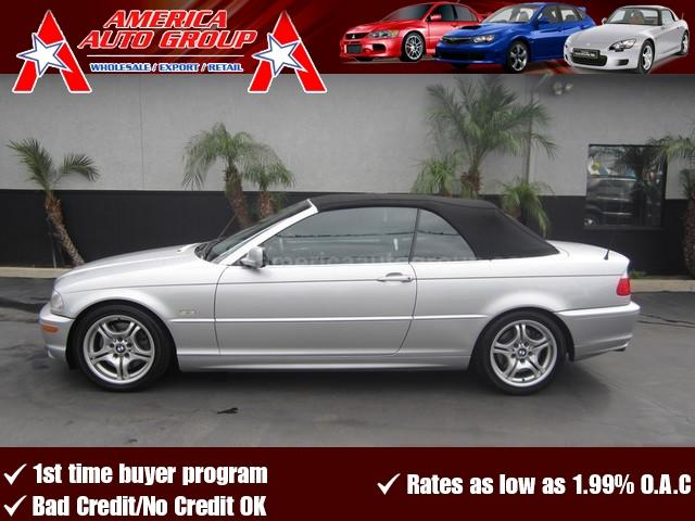 2003 BMW 3 SERIES silver this is the perfect 3 series convertible for any bmw fanatic silver on